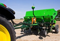 AMS : JohnDeere iSteer pour labour