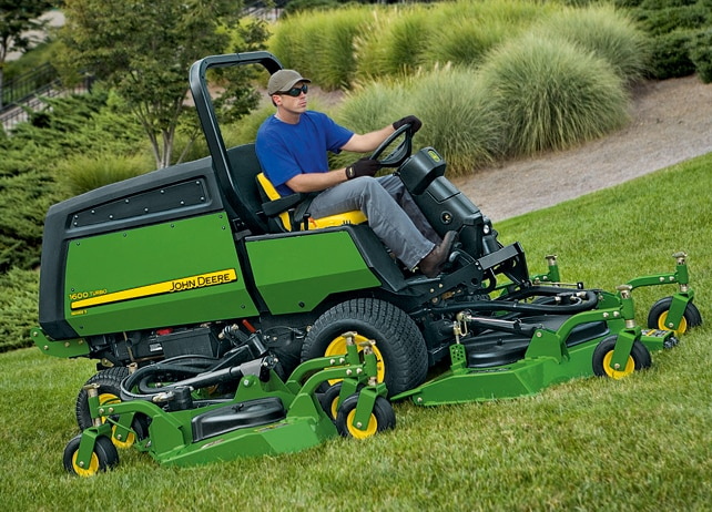 john deere 1600 t tondeuses rotatives tondeuses de d part tours de greens et roughs. Black Bedroom Furniture Sets. Home Design Ideas