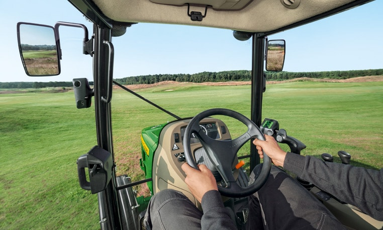 Tracteurs utilitaires compacts