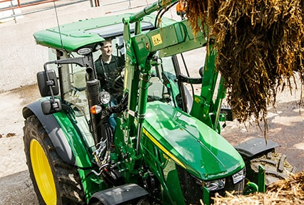 http://www.deere.fr/common/media/r2/images/products/equipment/tractors/5r_series/overview/r2g002324_426x288.jpg