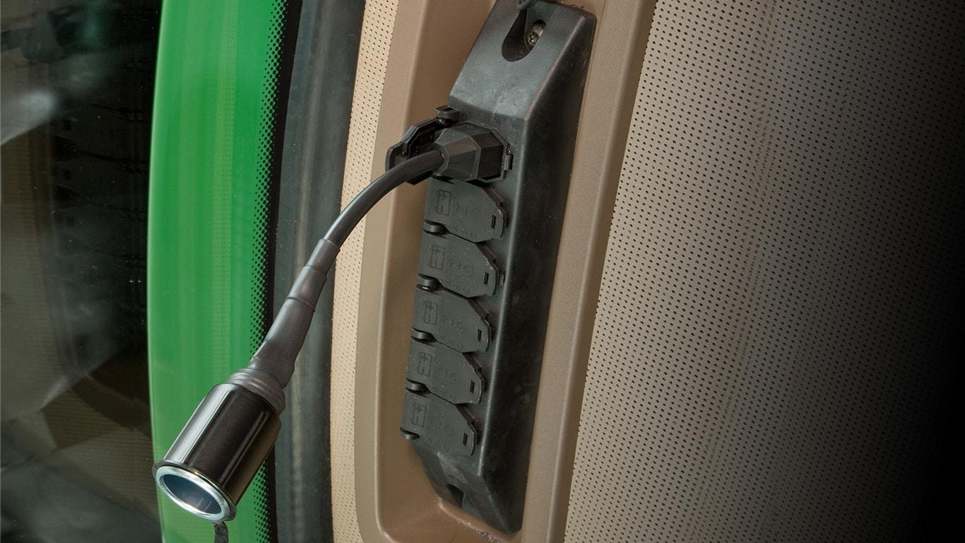 Prises et adaptateurs électriques