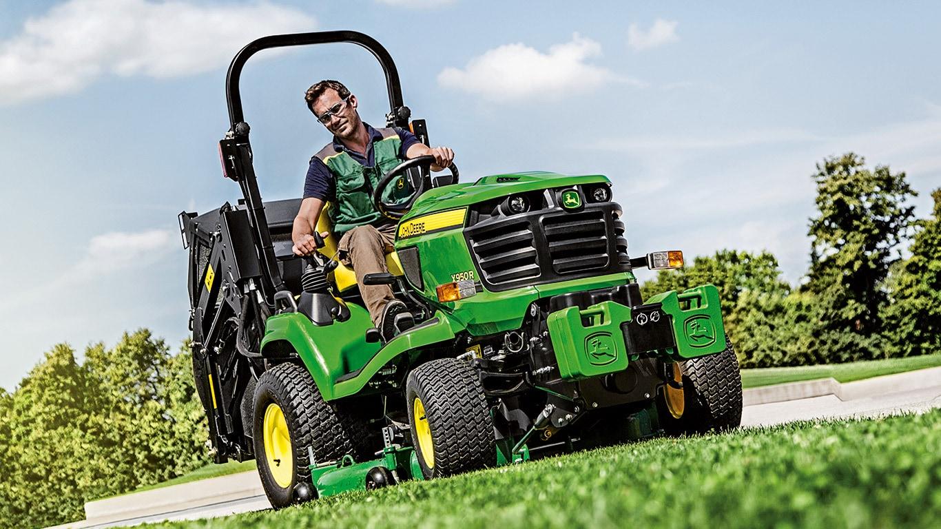 x950r tracteurs de jardin john deere fr. Black Bedroom Furniture Sets. Home Design Ideas